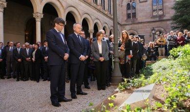 Puigdemont i altres en acte homenatge víctimes de Freginals