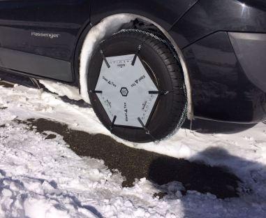 Cotxe amb cadenes